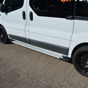 Nissan Primastar Fox Running Boards / Side Steps - Aluminium (LWB L2)