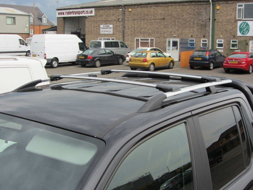 renault x82 with Renault Trafic Aluminium Roof Rails And Cross Bars Set Swb on Vauxhall Vivaro O S R Rear Fixed Window Privacy Tint Lwb Sliding Door together with Renault Trafic moreover Abmessungen as well Geschiedenis Van Bedford besides Renault Trafic Mirror Polished Stainless Steel Roof Rails Swb.
