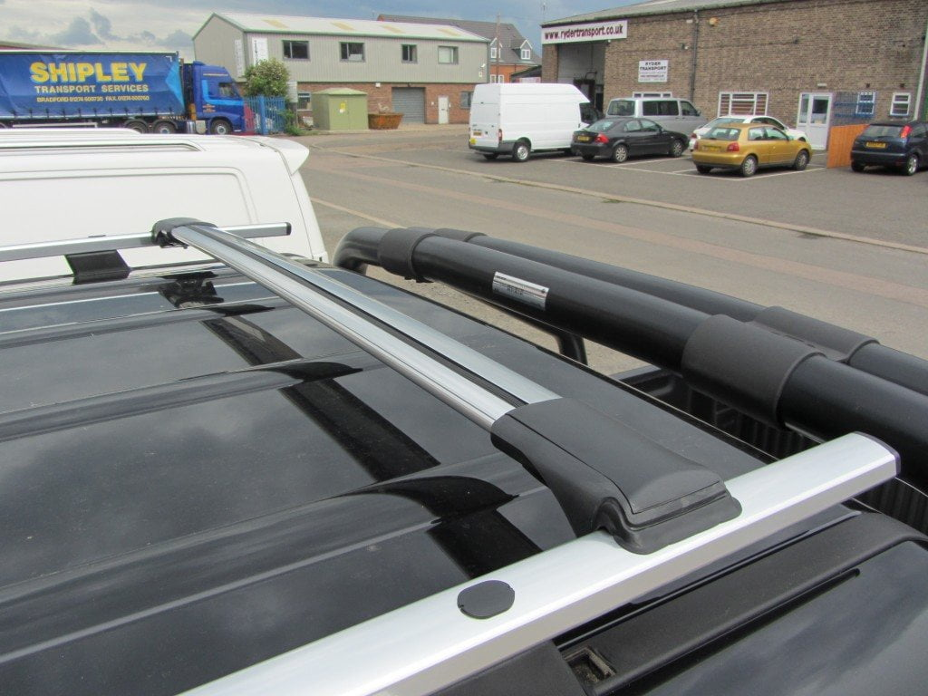 2014 on SWB Black Aluminium Roof Rails Pair Roof Bars for Vauxhall Vivaro