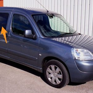 Peugeot Partner O/S/F Opening Window in Privacy Tint