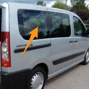 Toyota Proace O/S/R Fixed Window in Privacy Tint (SWB)
