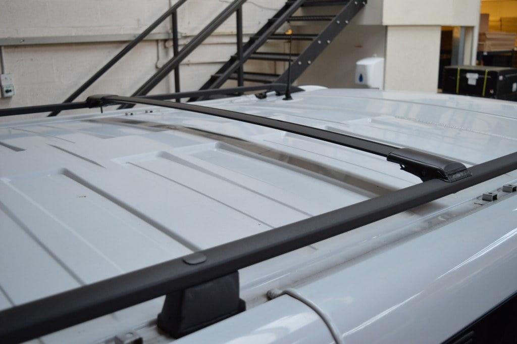 Renault Trafic Black Aluminium Roof Rails And Cross Bars